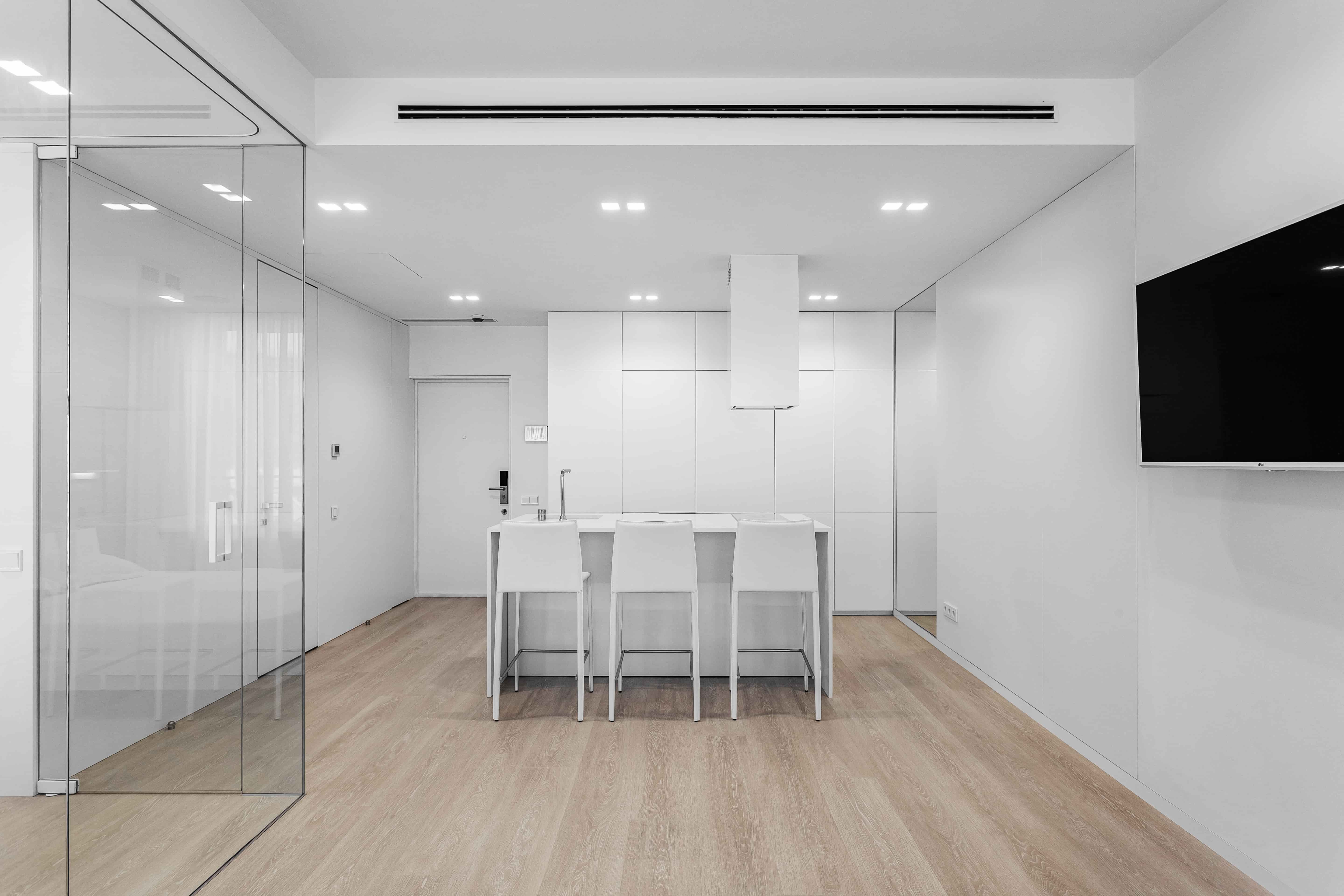 white minimalist apartment interior design